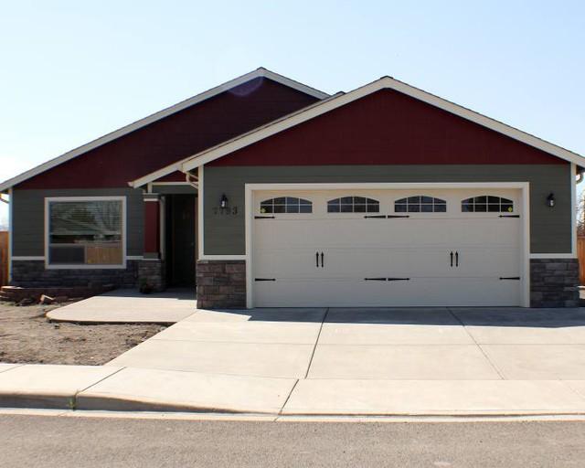 Wayne Dalton 9100 Sonoma With Cascade III Windows craftsman-shed & Wayne Dalton 9100 Sonoma With Cascade III Windows - Craftsman - Shed ...