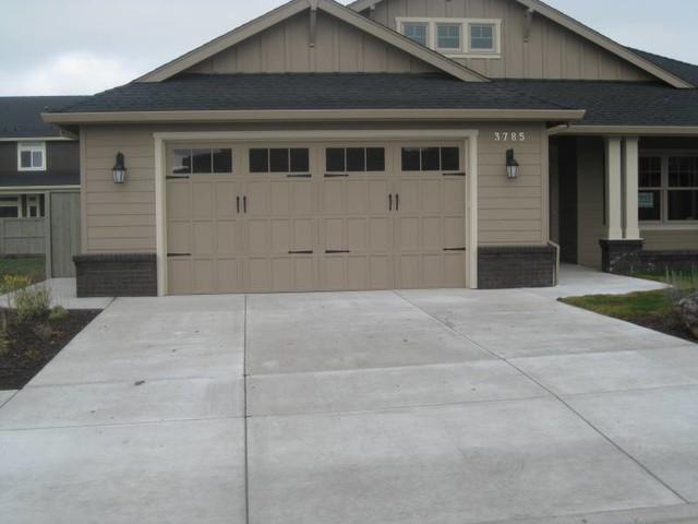 wayne dalton 9700 providence modern garage and shed. Black Bedroom Furniture Sets. Home Design Ideas