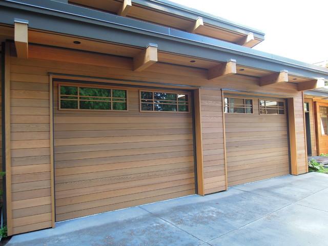 Modern Wood Garage Door Modern Insulated Garage Doors   Creditrestore