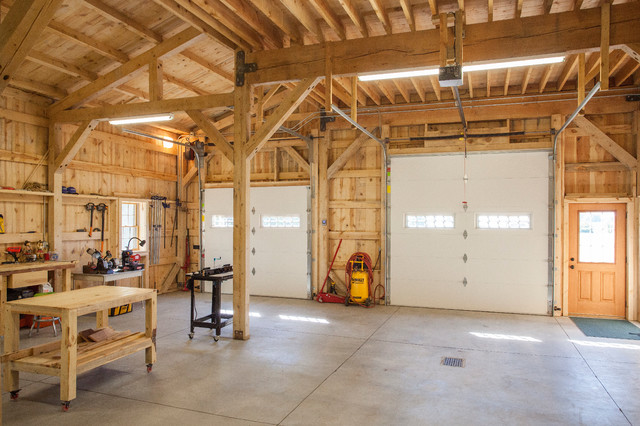 Workshop with loft living farmhouse garage and shed for Post and beam shop plans