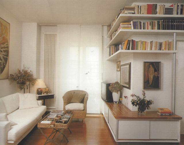 Appartamento a pianta aperta moderno salotto milano for Piani a pianta aperta