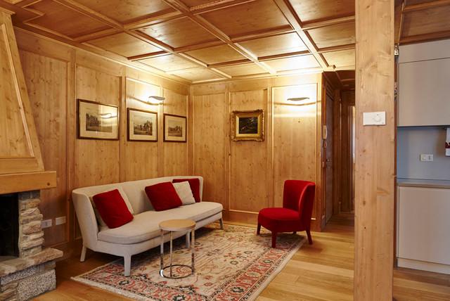 ... in legno - In Montagna - Soggiorno - Milano - di Paola Metelli