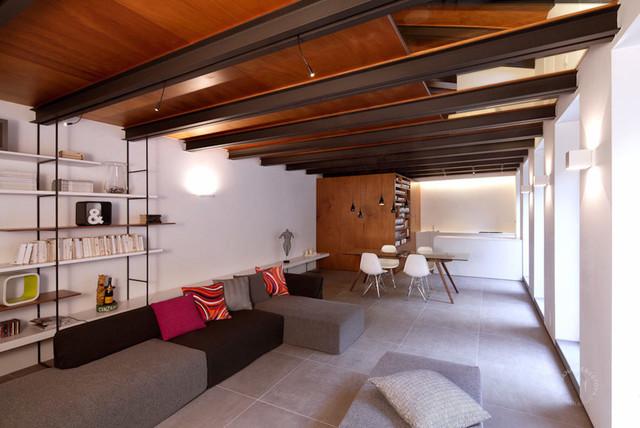 Casa okume torino moderno soggiorno torino di jana sebestova