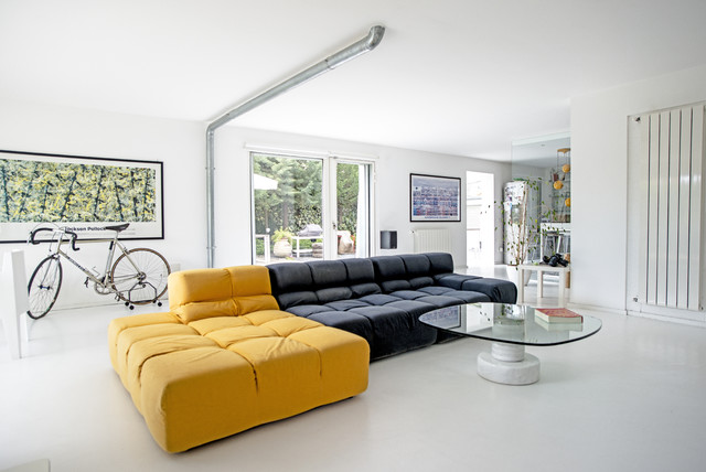 Garage House in Sicilia modern-living-room