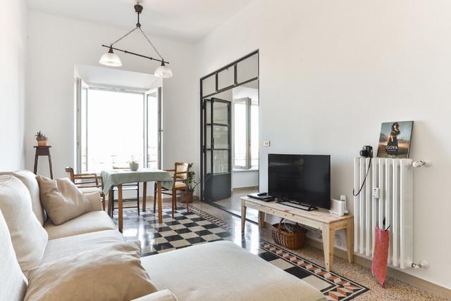 Porta Wohnzimmer, ristrutturazione appartamento | roma - porta maggiore - mediterran, Design ideen