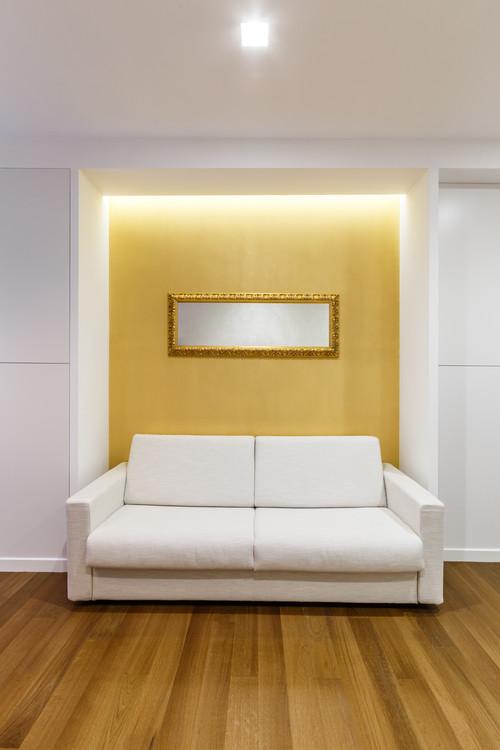 黄色の壁紙アクセントクロス施工事例