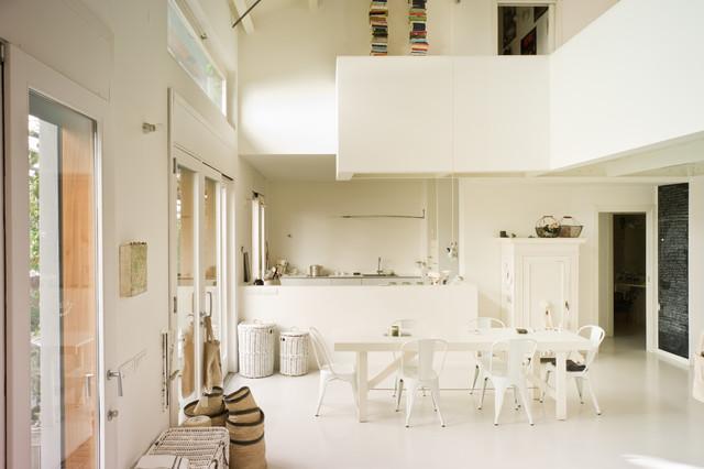 Visita privata candido interno milanese shabby chic style soggiorno milano di ilaria pagnan - Mobili soggiorno shabby chic ...