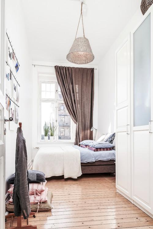 Hvordan får jeg et lille soveværelse til at føles større ...