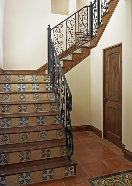 100 Spearpoint Cove mediterranean-staircase