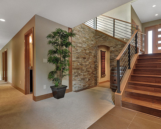 Enclosed staircase home design ideas renovations photos for Enclosed staircase design