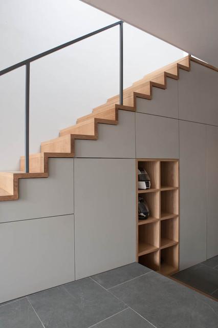 18SP contemporary-staircase