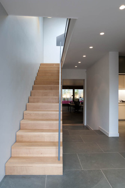 18SP contemporary-staircase