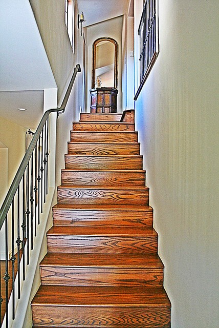 2 Montecito traditional-staircase
