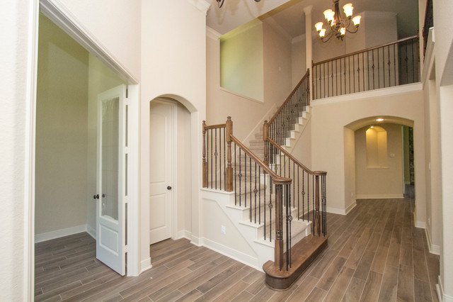 26 Shallowford traditional-staircase