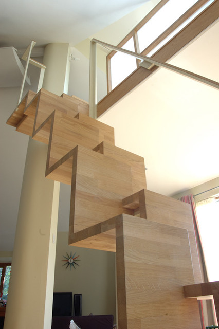 26GR contemporary staircase