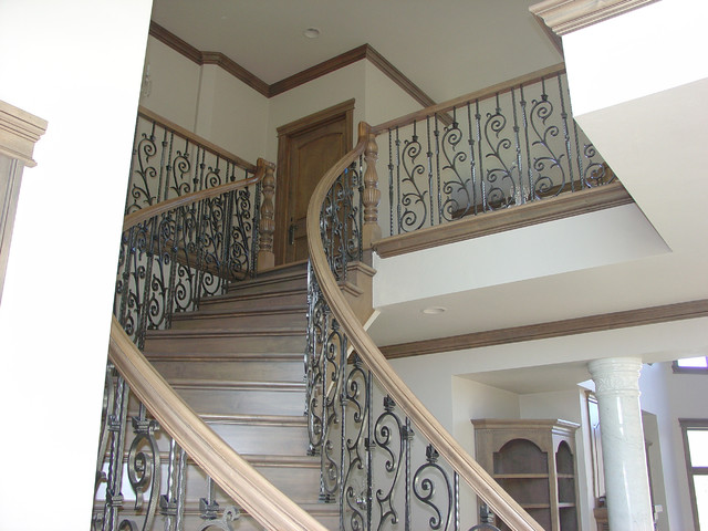 3 Level Freestanding Curved Stairs Traditional