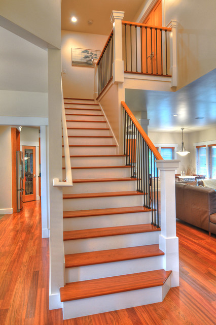 37th Street traditional-staircase
