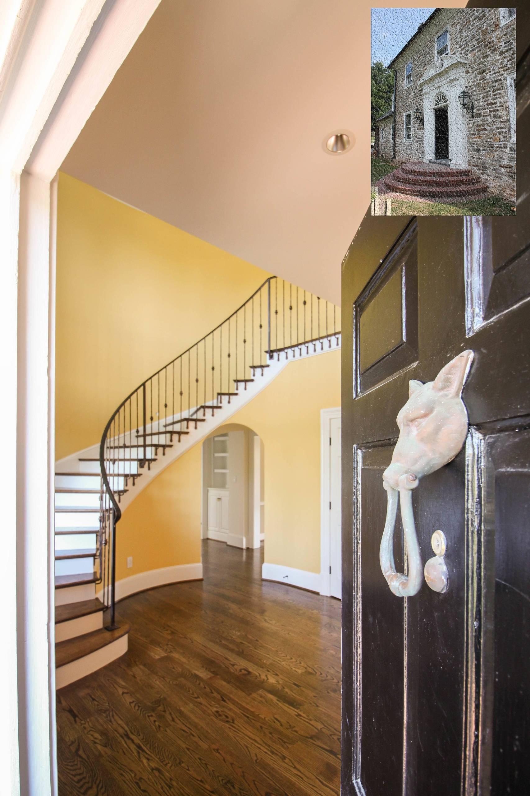 42_Historic Country Mansion Staircase, Warrenton VA 20186