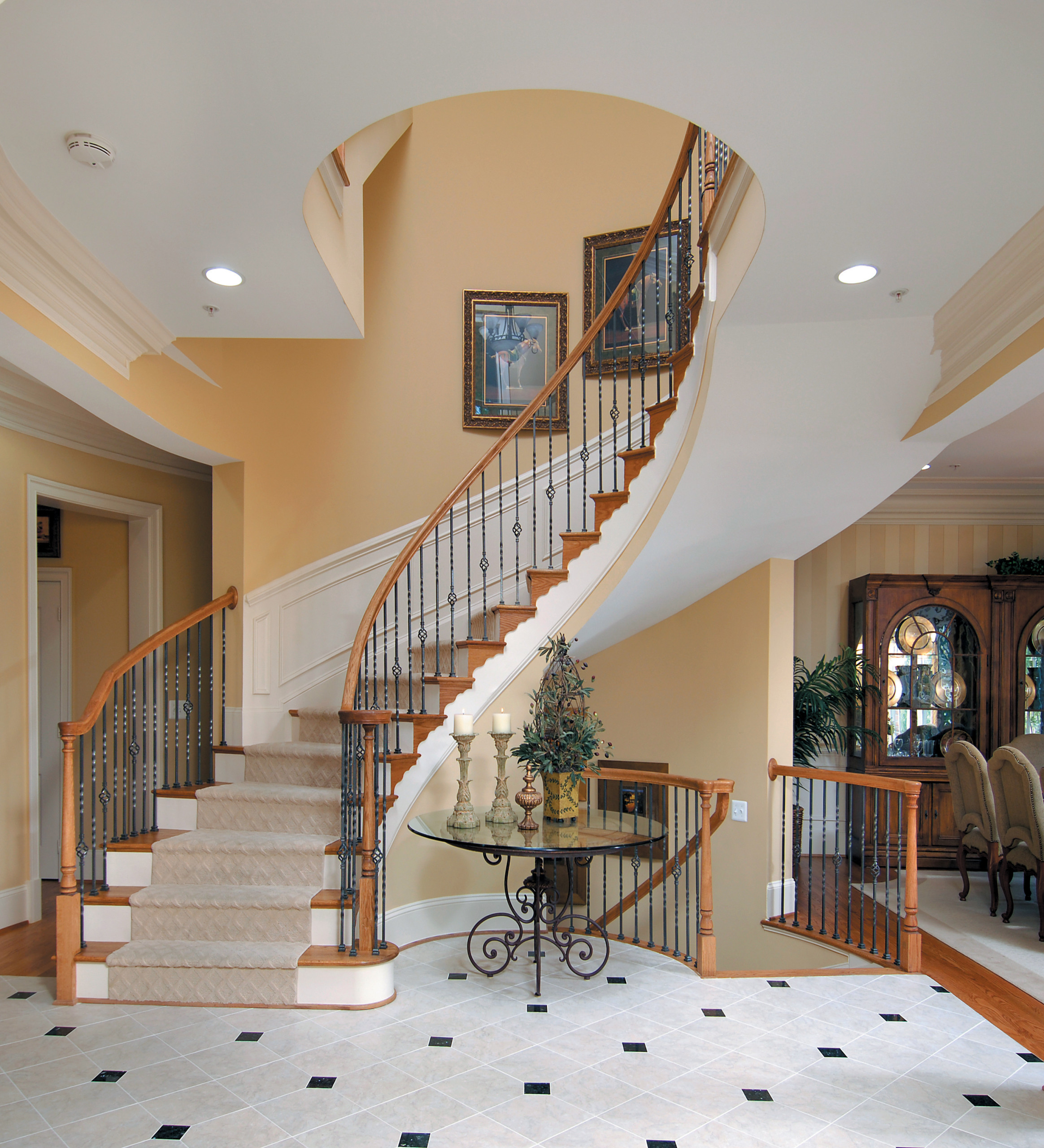 5_Stately Staircase in Traditional Home, Middleburg VA 20117