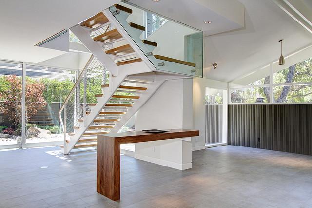 670 Alpine modern-staircase