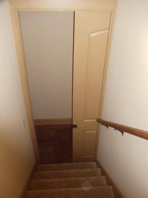 7708 T Bar Trail Austin Texas traditional-staircase