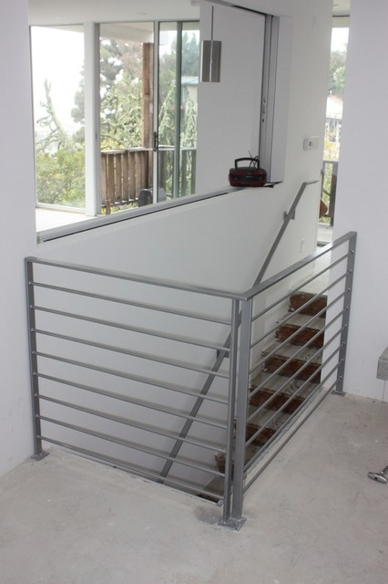 Addition contemporary-staircase