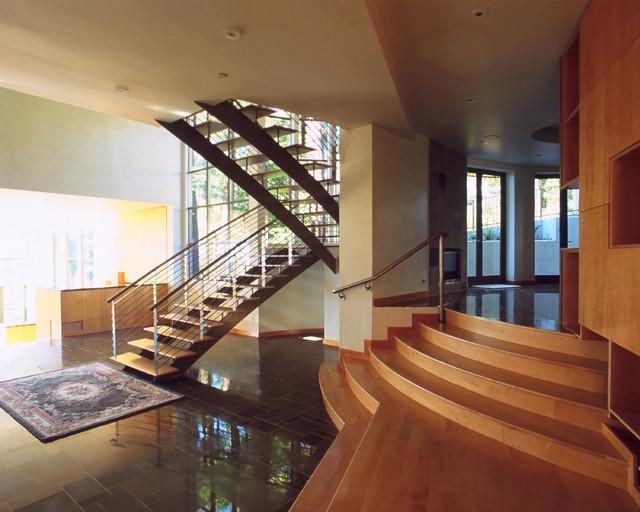 Alvaraddo Road House Stair modern-staircase