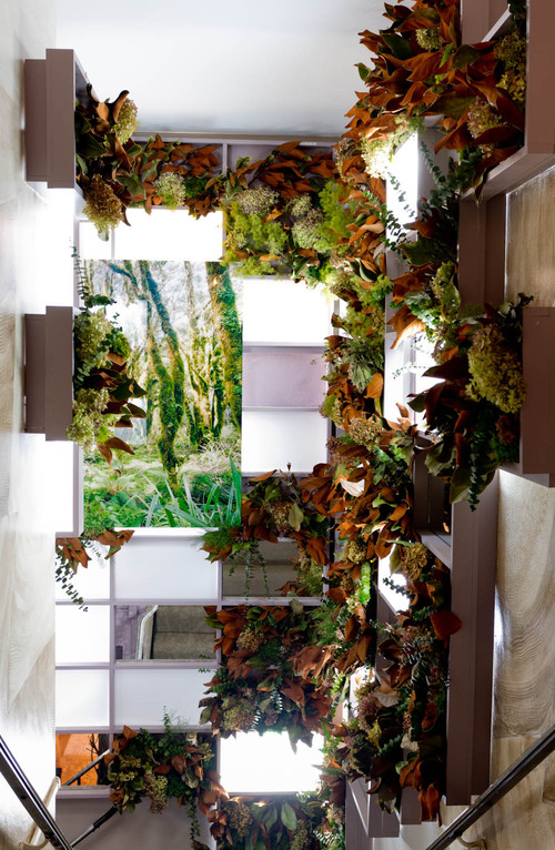 10 indoor vertical gardens that make potted plants look for Indoor gardening nyc