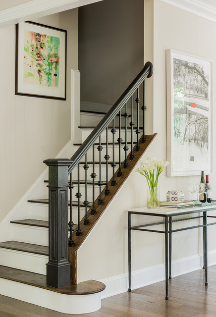 Art House Traditional Staircase