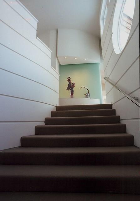 Foyer Art Niche : Art niche from foyer