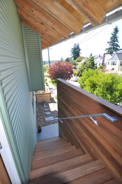 Artist Backyard Cottage Contemporary Staircase