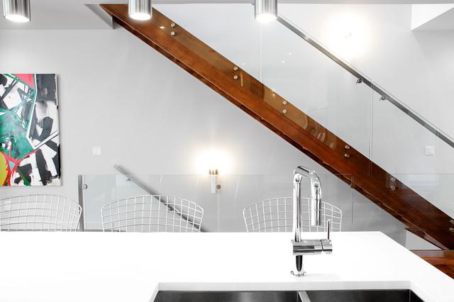 B20 modern-staircase