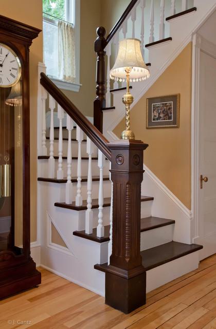 Beau Classic Staircase In Burlington.