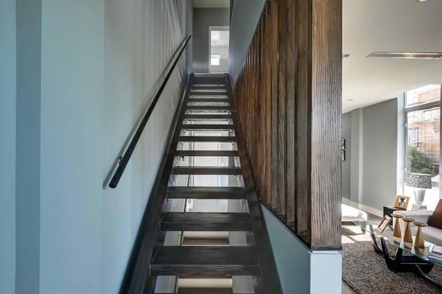 Beethoven 4 modern-staircase