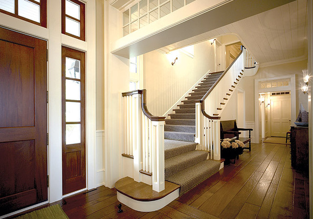 Big Cedar Lake Shingle Style Traditional Staircase