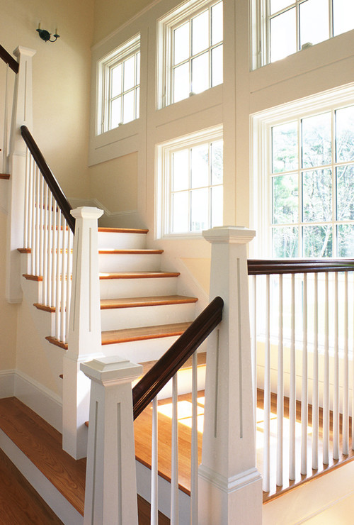 Like The Use Of Colour Dark Rail White Spindles And