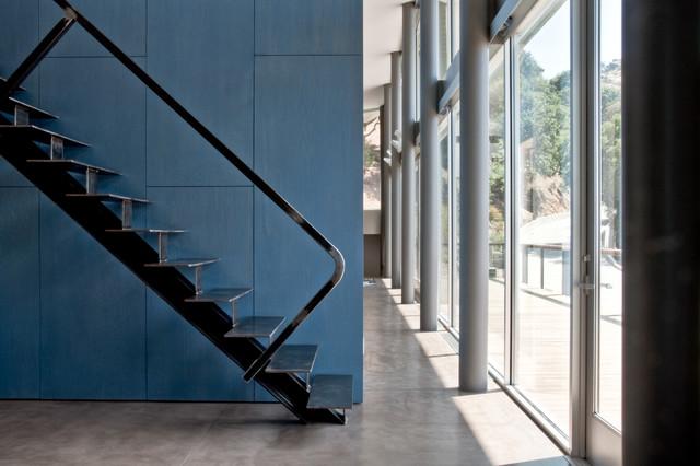 Box Canyon contemporary-staircase