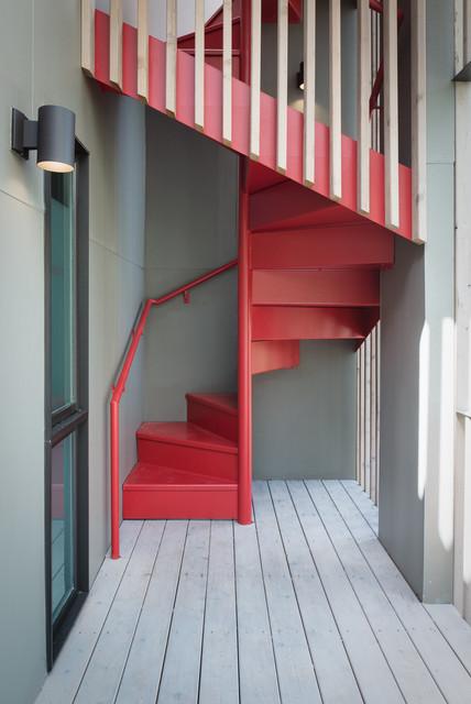 Lighting Basement Washroom Stairs: Brady Lane Remodel Addition