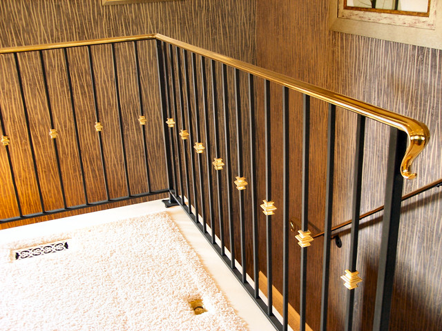 Charmant Brass Railing Traditional Staircase