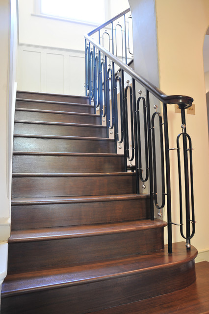 Campden Hill - Metal Balustrade staircase