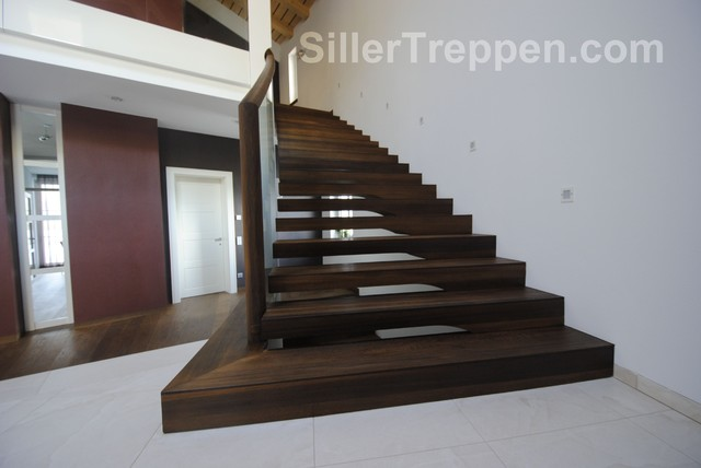 Cantilevered Staircase, Villa, Italy Modern Staircase