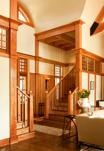 Cassique Residence traditional-staircase