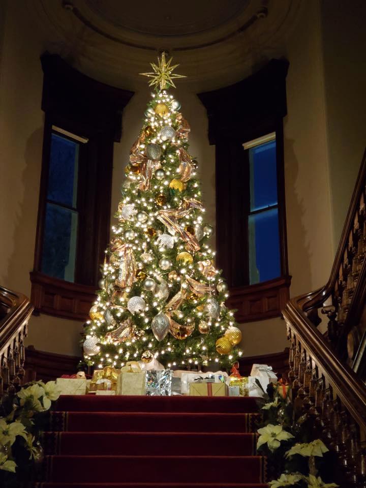 Christmas Decor Installation | Lockwood-Mathews Mansion Museum