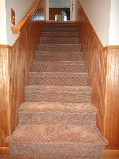Cinnaminson Basement traditional-staircase