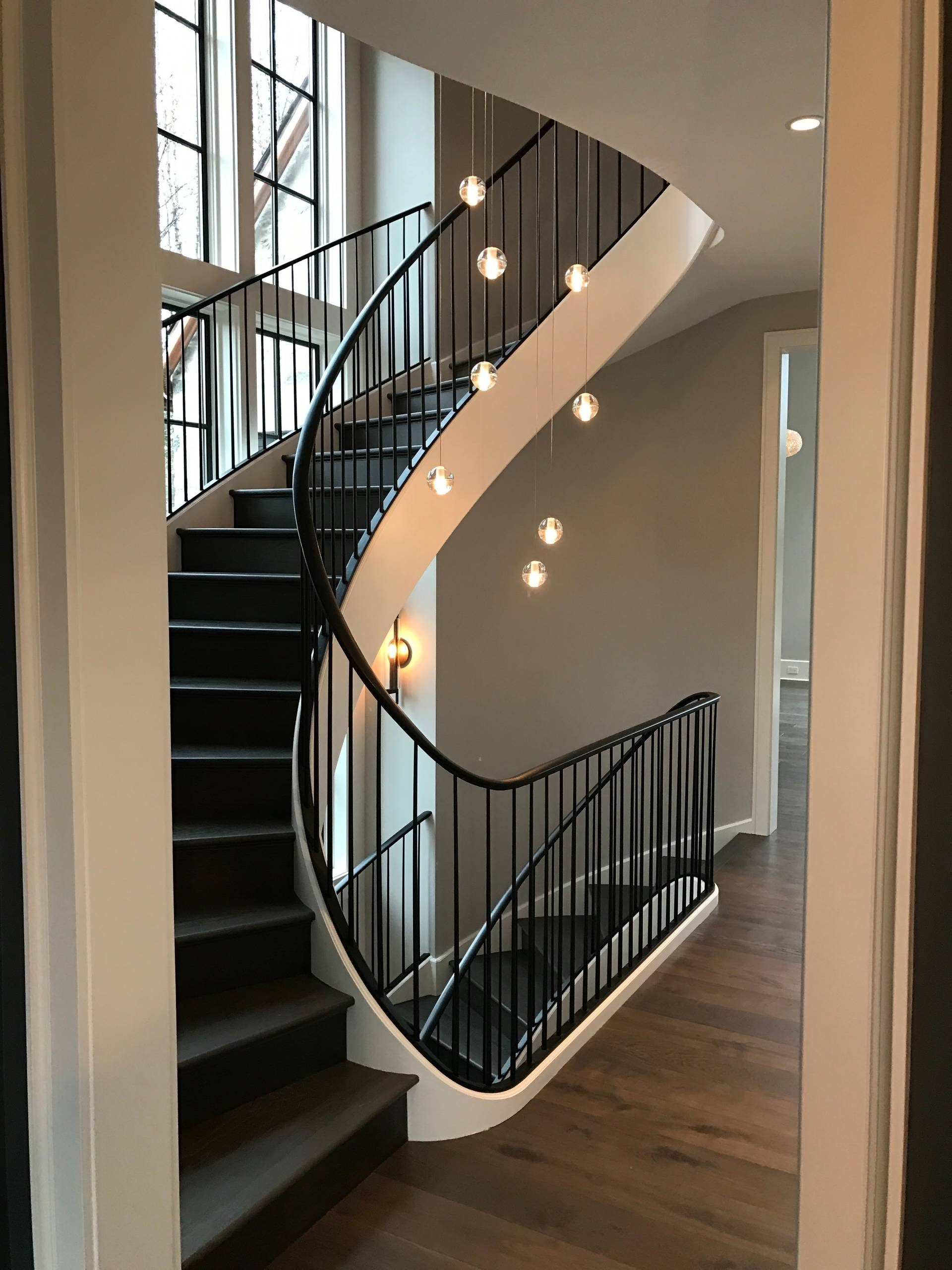 Picture of: 75 Beautiful Painted Spiral Staircase Pictures Ideas November 2020 Houzz