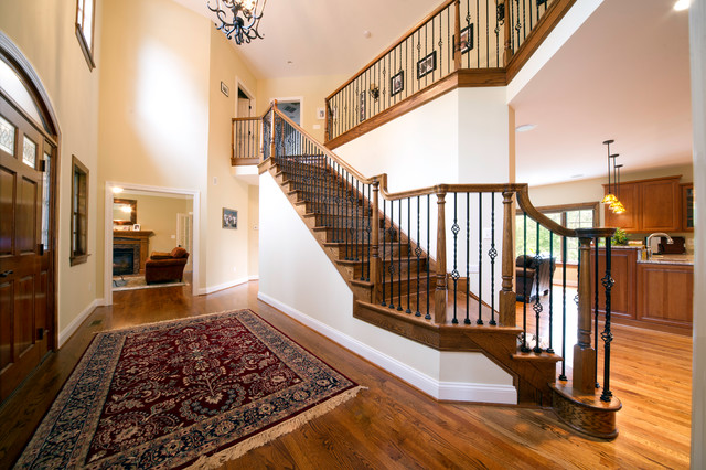 Colonial traditional-staircase