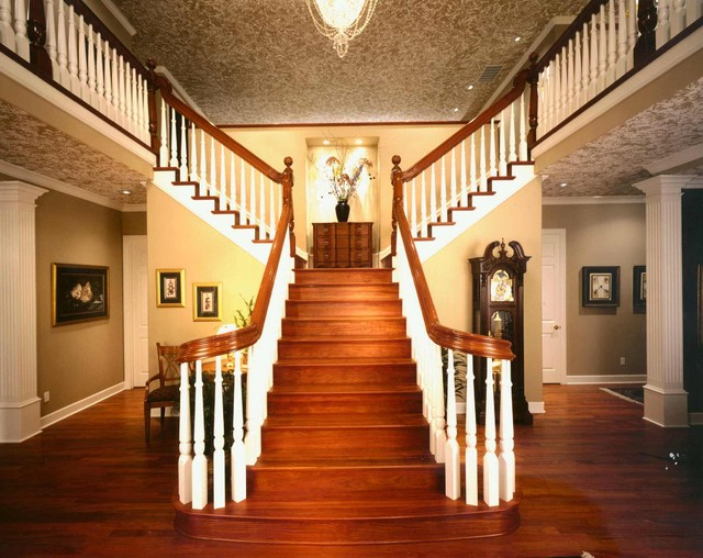 Colonial Tradition Traditional Staircase Portland