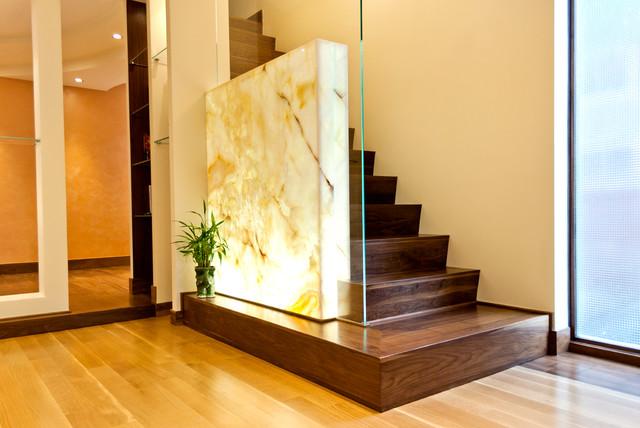 Contemporary House contemporary-staircase