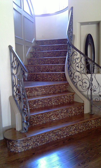 Etonnant Inspiration For A Transitional Staircase Remodel In Dallas