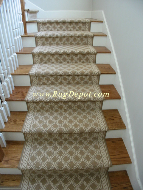 Couristan Needlepoint Beige  staircase